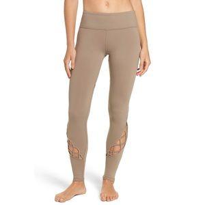 Alo Entwine Yoga Leggings Sand Tan